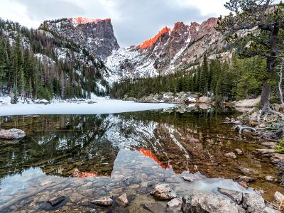 Amber Peaks above Dream Lake