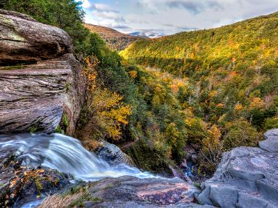 Kaaterskill Falls Ledge Overlook in Autumn