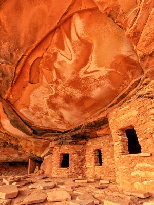 Fallen Roof Ruin Cliff Dwellings