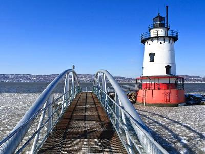 Sleepy Hollow Lighthouse & Gangway