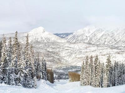 Purgatory Resort Snowy Panorama (Click for full width)