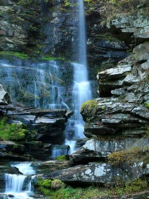Haines Falls Closeup