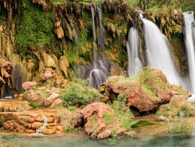 Navajo Falls Travertine Formations (click for full width)