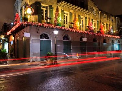 French Quarter Christmas Decorations