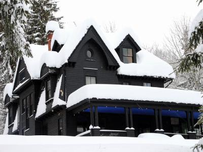 Black House Blizzard