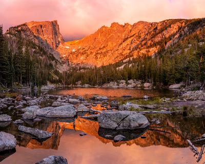 Colorful and Quiet Sunrise on Dream Lake