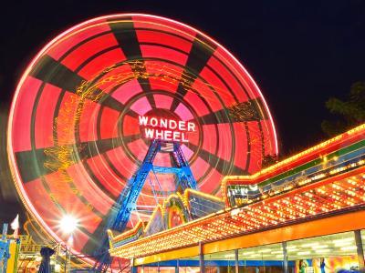 Wonder Wheel Spin Motion