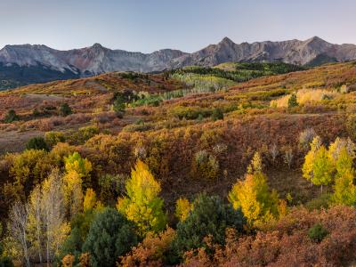 Many Layers of Color from the Dallas Divide (click for full width)
