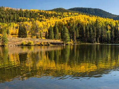 Lower Catacract Lake Autumn Panorama  (Click for full width)