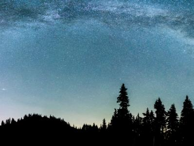 Milky Way over Hurricane Ridge (Click for full width)