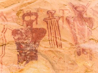 Eerie Humanoid Figures of Sego Canyon